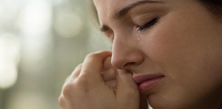 Las mujeres lloramos 5.3 veces al mes y los hombres 1.3 veces