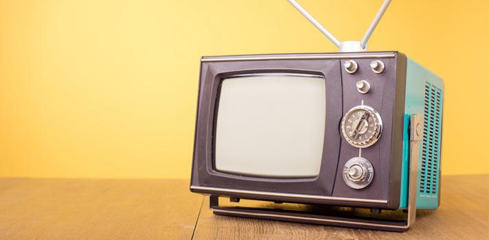 Los españoles, cada vez más pegados a la televisión