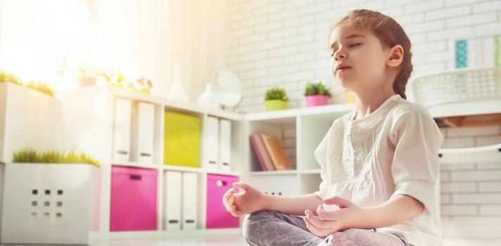 Una escuela norteamericana cambia castigos por meditación