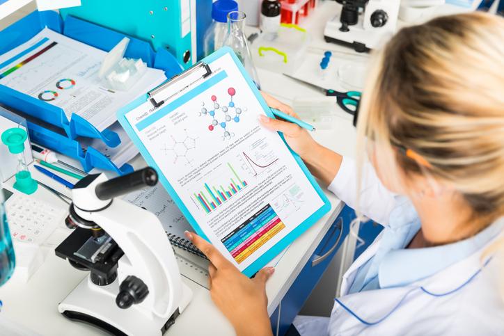 Os artigos científicos podem apresentar um conteúdo totalmente original ou analisar outros trabalhos publicados no meio acadêmico.