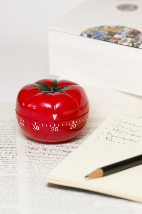 A técnica pomodoro foi desenvolvida pelo italiano Francesco Cirillo no final da década de 80.