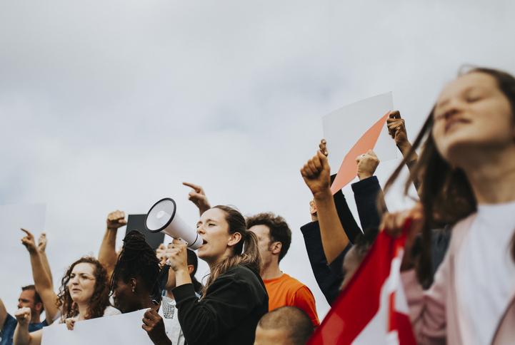 O dia da democracia é comemorado, no Brasil, no dia 25 de outubro.