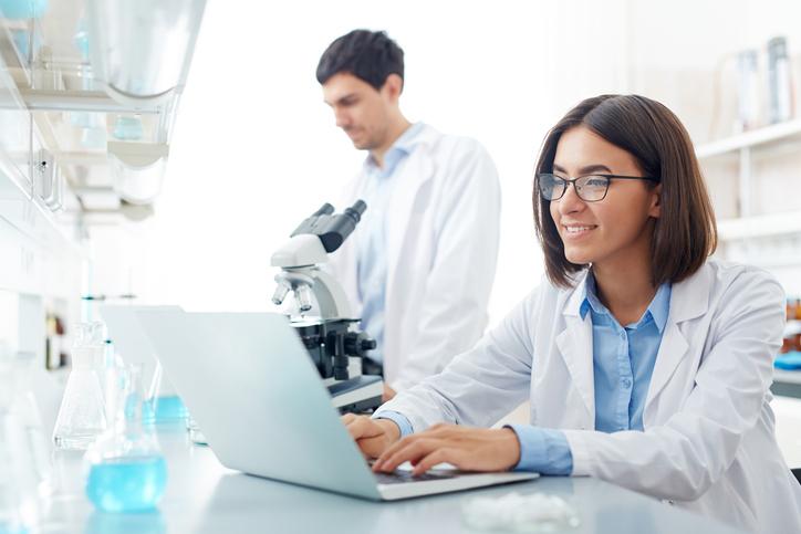 Portugal oferece excelentes cursos de licenciatura e licenciatura-mestrado na área de Farmácia.