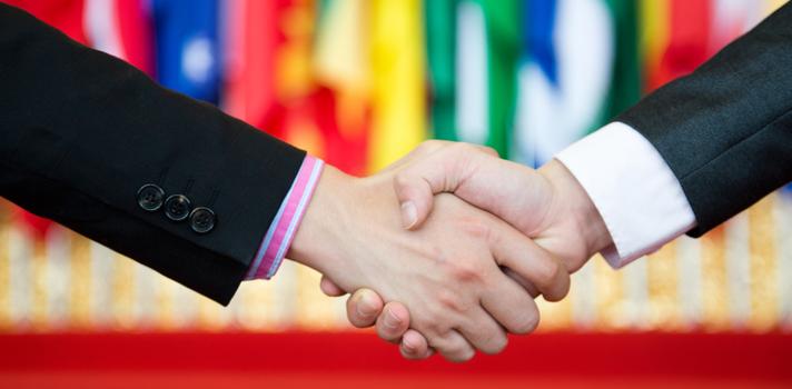 ¿Qué estudio para ser diplomático?