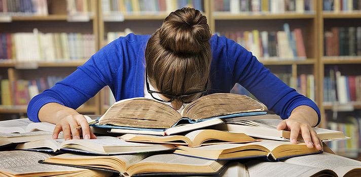 Aunque pueden facilitar la labor de los estudiantes, no sustituirán a las bibliotecas tradicionales