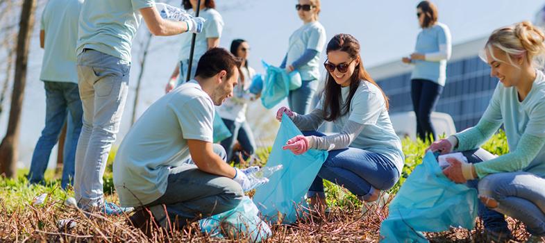 Trabalho voluntário é um dos jeitos de ocupar o seu tempo enquanto não volta ao mercado