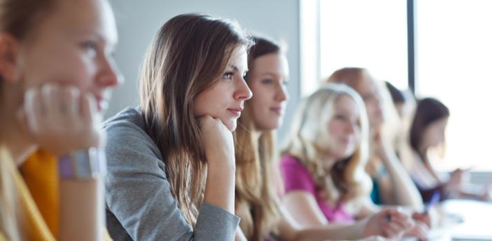 Se você decidiu fazer a sua mãe feliz e não sabe como se tornar um bom aluno, confira 20 dicas úteis