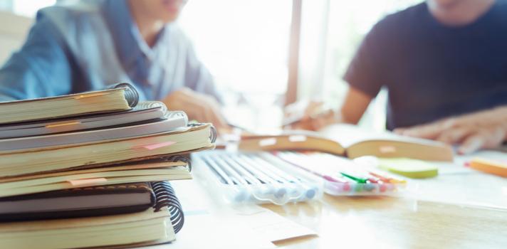 Las apps permiten a los alumnos acceder a la documentación complementaria para seguir las clases y estar informados del calendario lectivo