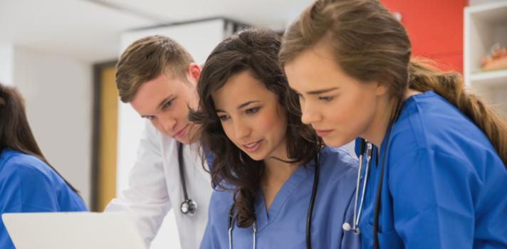 Os estudantes de medicina têm que estar em permanente atualização