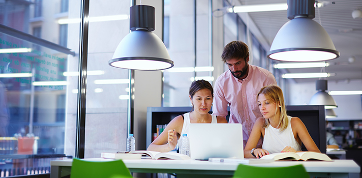 Tu tutor de empresa debe guiarte en el desarrollo de tus tareas