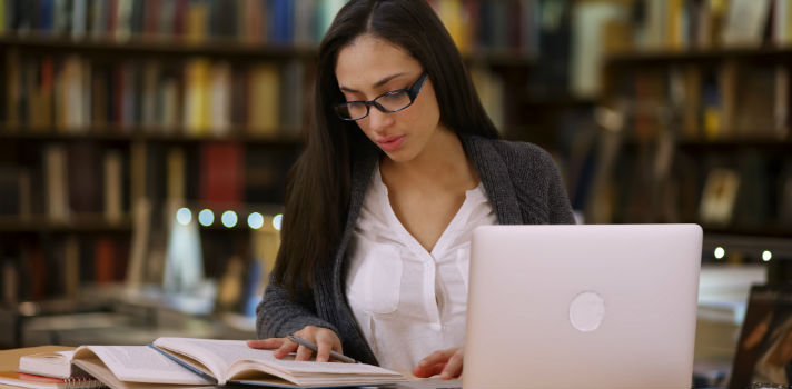 Os cursos de Economia e Finanças preparam profissionais com uma formação sólida e adaptada aos dias de hoje