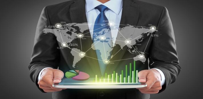<p>Te presentamos las <strong>especializaciones virtuales en el sector de los negocios</strong> que ofrece la <strong>Institución Universitaria Politécnico Grancolombiano</strong> para que estudies desde tu casa. Todas ellas poseen una duración de <strong>30 créditos distribuidos en 2 semestres</strong> y se dedican a la <strong>formación de líderes internacionales en el área empresarial</strong> ¡Conócelas!</p><blockquote style=text-align: center;>Visita nuestro portal de estudios y descubre todas las<a href=https://www.universia.net.co/estudios/busqueda-avanzada/in/Instituci%C3%B3n%20Universitaria%20Polit%C3%A9cnico%20Grancolombiano/pg/1 class=enlaces_med_leads_formacion title=Portal de estudios de Universia Colombia target=_blank id=ESTUDIOS>especializaciones</a>que ofrece la Institución Universitaria Politécnico Grancolombiano</blockquote><p>1.<a href=https://www.universia.net.co/estudios/poligran/especializacion-gerencia-proyectos-inteligencia-negocios-virtual-snies-91501/st/239629 class=enlaces_med_leads_formacion target=_blank id=ESTUDIOS>Especialización en Gerencia de Proyectos en Inteligencia de Negocios</a></p><p>La especialización tiene el objetivo de <strong>proveer soluciones inteligentes a los negocios</strong> a través de la <strong>recolección, almacenamiento y resumen de datos</strong>. El egresado aprenderá a <strong>elegir los recursos tecnológicos</strong> que sean apropiados para el tamaño de la compañía. La matrícula cuesta <strong>$3.600.000</strong> para nuevos alumnos.<br/><br/></p><p></p><p>2.<a href=https://www.universia.net.co/estudios/poligran/especializacion-gestion-empresarial-virtual-snies-54769/st/239631 class=enlaces_med_leads_formacion target=_blank id=ESTUDIOS>Especialización en Gestión Empresarial</a></p><p>Se dedica a formar <strong>gerentes eficientes para rentabilizar un negocio</strong> obteniendo su máximo potencial. Enfatiza en las áreas de <strong>finanzas y mercadeo</strong>, partiendo de una visión estratégica para garan