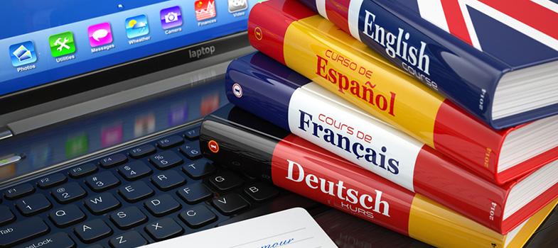 <strong>Aprender uma língua</strong> não é necessariamente algo que precisa de um curso. Sabendo colocar a língua no seu dia-a-dia, e como <strong>estudar por conta própria</strong>, você pode economizar tempo e dinheiro sendo um autodidata. Confira a seguir algumas dicas para quem quer aprender uma nova língua. <p></p><p></p><span style=color: #333333;><strong>Você pode ler também:</strong></span><br/><a href=https://noticias.universia.com.br/educacao/noticia/2016/08/31/1143218/4-tecnicas-inteligentes-aprender-rapido.html title=4 técnicas inteligentes para aprender mais e mais rápido>» <strong>4 técnicas inteligentes para aprender mais e mais rápido</strong></a><br/><a href=https://noticias.universia.com.br/destaque/noticia/2016/06/07/1140529/5-erros-cometer-aprender-idioma.html title=5 erros para não cometer ao aprender um idioma>» <strong>5 erros para não cometer ao aprender um idioma</strong></a><br/><a href=https://noticias.universia.com.br/educacao/noticia/2016/05/16/1139518/4-melhores-formas-aprender-novo-idioma.html title=As 4 melhores formas de aprender um novo idioma>» <strong>As 4 melhores formas de aprender um novo idioma</strong></a><p></p><p></p><strong>1. Escreva à mão</strong><p></p> Mesmo que a tecnologia pareça querer lhe convencer que escrever à mão é coisa do passado, ela pode ser muito útil para o aprendizado. Mantenha um caderno para escrever novas palavras e pontos principais sobre regras de gramática. O esforço físico de escrever as palavras ajuda a sua memória a lembrar delas depois. Para máxima eficiência use canetas de cores diferentes, que são ainda mais chamativas. <p></p><p></p><strong>2. Use músicas</strong><p></p> O potencial educativo das músicas já é amplamente reconhecido, até por ela ser um grande expositor de novas línguas. Tome passos pequenos e não se desencoraje com letras complicadas. Comece com o refrão, depois passe para o resto. E não se surpreenda quando uma música tiver um significado completamente diferente do que você 