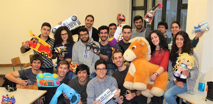 A verdadeira fábrica de brinquedos reciclados do Pai Natal está na Universidade de Aveiro