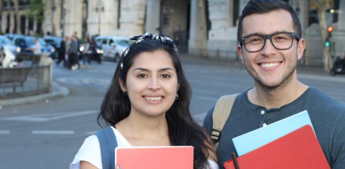 Chile ofrece grandes facilidades para cubrir los gastos de estudios de los universitarios