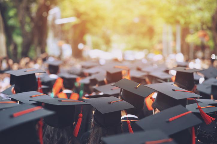 Admisión segundo semestre: comienza tu carrera universitaria a mitad de año