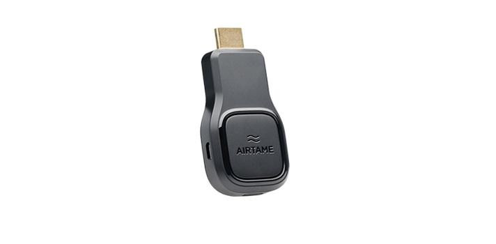La startup Airtame ha presentado un disopsitivo HDMI inalámbrico para mejorar la interacción en las alulas