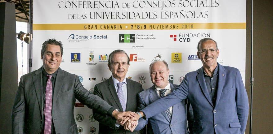 """Con este acuerdo, ambas entidades quieren impulsar un plan de actuación denominado """"CCS de las Universidades Españolas-Alumni España"""""""