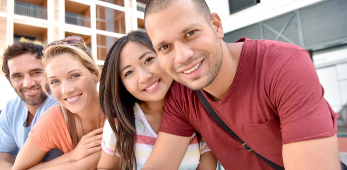 Elige el destino, presenta tu solicitud y Banco Santander te ayuda a irte de Erasmus