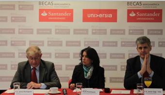 """<p style=text-align: justify;>Para 2015, quinto año de convocatoria de las<strong> """"Becas Iberoamérica. Santander Universidades""""</strong>, el Banco Santander, a través de <strong><a href=https://www.santander.com.uy/Universidades/index.asp>Santander Universidades</a></strong>, entregará a las universidades colombianas la posibilidad de disfrutar de 160 becas, distribuidas en 20 becas para jóvenes profesores e investigadores por valor de 284 millones de pesos y 140 becas para estudiantes de pregrado, por valor de 1.193 millones de pesos.</p><p style=text-align: justify;></p><p style=text-align: justify;></p><p><strong>Lee también</strong><br/><a style=color: #ff0000; text-decoration: none; title=Portal de Becas de Universia Colombia href=https://becas.universia.net.co/>» <strong>Visita nuestro Portal de Becas y descubre las convocatorias vigentes</strong></a></p><p style=text-align: justify;></p><p style=text-align: justify;></p><p style=text-align: justify;>Los dos programas, que tienen como objetivo <strong>ayudar a la construcción de un espacio iberoamericano del conocimiento socialmente responsable</strong>, fueron anunciados en el II Encuentro Internacional de Rectores Universia, celebrado en Guadalajara (México) en mayo de 2010 por Emilio Botín (q.e.p.d), expresidente de Banco Santander y ratificado en el III Encuentro Internacional de Rectores Universia, que se llevó a cabo en Rio de Janeiro (Brasil) en julio de 2014 y en el que participaron más de mil universidades de los cinco continentes.</p><p style=text-align: justify;></p><p style=text-align: justify;>En su declaración, Botín confirmó que se destinarían<strong> 700 millones de euros en los próximos cuatro años para financiar proyectos universitarios</strong>, y de esa cantidad 40 % cubrirá programas de becas de acceso y de movilidad nacional e internacional de estudiantes y profesores de Iberoamérica.</p><p style=text-align: justify;></p><p style=text-align: justify;>Universia Colombia operará y gestiona"""