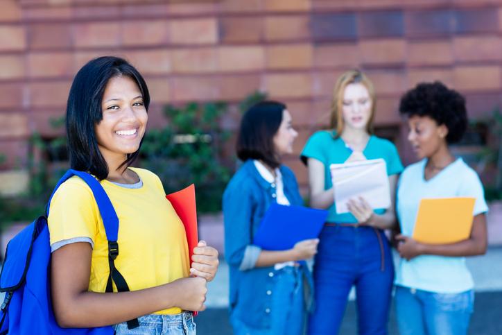 Beneficios estatales y gratuidad de la formación superior