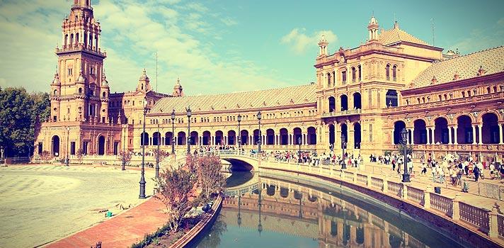 Fundação tem bolsas para graduação, pós-graduação e mais na Espanha
