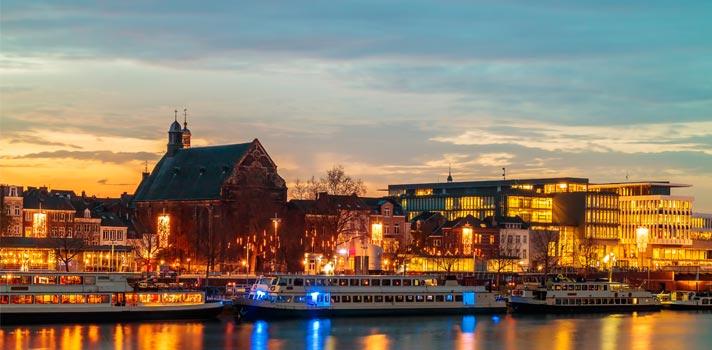 Universidade na Holanda tem bolsas integrais para pós-graduação e mestrado em inglês