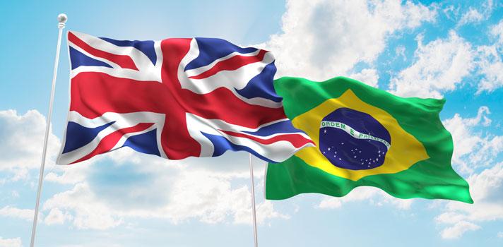 Na quinta-feira (21), <strong>Brasil e Reino Unido se reuniram para falar sobre educação</strong>. Os dois países decidiram ampliar e <strong>intensificar a cooperação mútua nesse setor</strong>, por meio da assinatura de um Memorando de Entendimento pelo ministro da Educação brasileiros, Mendonça Filho, e o embaixador do Reino Unido no Brasil, Alex Ellis.<br/><br/><blockquote style=text-align: center;><strong>Indicamos</strong>: curso online de inglês com certificação <span style=text-decoration: underline;><a href=https://shopping.universia.com.br/categoria-produto/ingl-s/ class=enlaces_med_ecommerce title=Indicamos: curso online de inglês com certificação target=_blank id=SHOPPING>aqui<br/><br/></a></span></blockquote><p><span style=color: #333333;><strong>Você pode ler também:</strong></span><br/><a href=https://noticias.universia.com.br/destaque/noticia/2016/06/07/1140529/5-erros-cometer-aprender-idioma.html title=5 erros para não cometer ao aprender um idioma>» <strong>5 erros para não cometer ao aprender um idioma</strong></a><br/><a href=https://noticias.universia.com.br/educacao/noticia/2016/04/22/1138579/5-motivos-aprender-idioma-estrangeiro.html title=5 motivos para aprender um idioma estrangeiro>» <strong>5 motivos para aprender um idioma estrangeiro</strong></a><br/><a href=https://noticias.universia.com.br/educacao title=Todas as notícias de Educação>» <strong>Todas as notícias de Educação</strong></a></p><p>Entre os temas, foi discutida a <strong>participação do Reino Unido no programa Ciência sem Fronteiras</strong>, a formação de professores de língua inglesa para o Brasil e o <strong><a href=https://noticias.universia.com.br/educacao/noticia/2016/06/23/1141127/mec-publica-regras-validacao-diplomas-estrangeiros.html title=MEC publica regras para validação de diplomas estrangeiros>reconhecimento de diplomas entre universidades dos dois países</a></strong>.<br/><br/></p><p>Também foram programadas algumas medidas, como a realização de testes de nivela