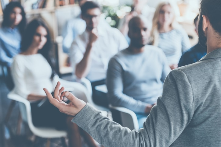 ¿Qué es una business school y qué puedes estudiar? Las profesiones más solicitadas