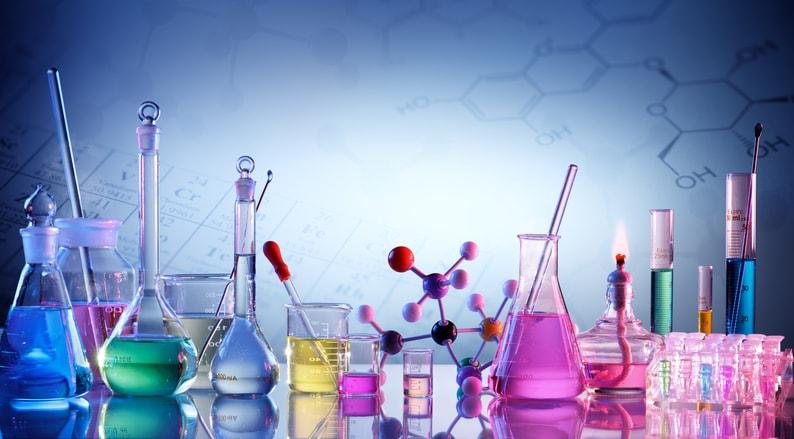 Todo lo que necesitas saber sobre la carrera de Química en España
