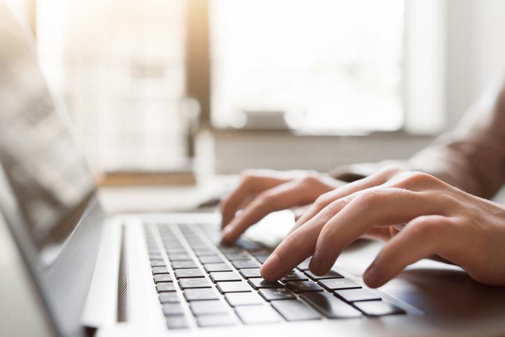 ¿qué se necesita para estudiar carreas en línea?
