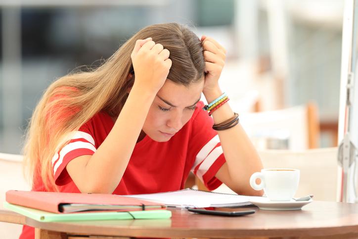 Abandono de los estudios en primer año