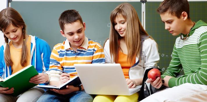 Jóvenes colombianos presentan bajo rendimiento en matemáticas, ciencia y lectura