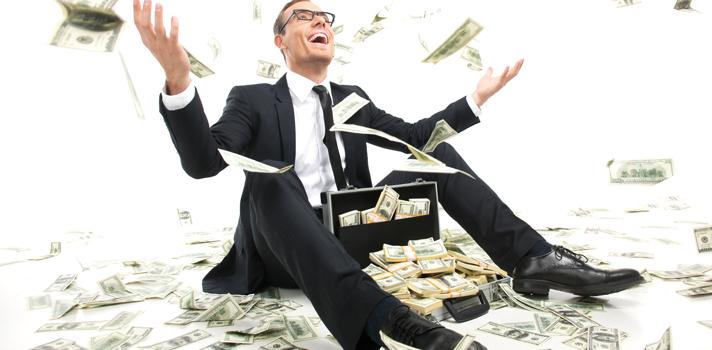 <p>Sem dúvida, a riqueza está diretamente ligada com trabalho duro e economia. No entanto, certas atitudes podem tornar esse processo ainda mais eficiente e fazer milagres pela conta bancária. Veja a seguir os <strong><a title=Os segredos para atrair sucesso em sua carreira profissional href=https://noticias.universia.com.br/carreira/noticia/2015/10/20/1132582/segredos-atrair-sucesso-carreira-profissional.html>4 melhores método para ficar rico em 2016</a></strong>:</p><p></p><blockquote style=text-align: center;>Cadastre-se <span style=text-decoration: underline;><a id=REGISTRO USUARIOS class=enlaces_med_registro_universia title=Cadastre-se aqui para receber dicas de carreira href=https://usuarios.universia.net/registerUserComplete.action?idC=2&idS=NOTICIAS_BR target=_blank>aqui</a></span> para receber dicas de carreira<br/><br/></blockquote><p><span style=color: #333333;><strong>Você pode ler também:</strong></span><br/><a style=color: #ff0000; text-decoration: none; text-weight: bold; title=8 livros que podem ajudar a ficar rico href=https://noticias.universia.com.br/carreira/noticia/2015/10/14/1132339/8-livros-podem-ajudar-ficar-rico.html>» <strong>8 livros que podem ajudar a ficar rico</strong></a><br/><a style=color: #ff0000; text-decoration: none; text-weight: bold; title=Quer ter sucesso na vida financeira? Assista a 4 filmes sobre o tema href=https://noticias.universia.com.br/carreira/noticia/2015/11/26/1134101/quer-sucesso-vida-financeira-assista-4-filmes-sobre-tema.html>» <strong>Quer ter sucesso na vida financeira? Assista a 4 filmes sobre o tema</strong></a><br/><a style=color: #ff0000; text-decoration: none; text-weight: bold; title=Todas as notícias de Carreira href=https://noticias.universia.com.br/carreira>» <strong>Todas as notícias de Carreira</strong></a></p><p></p><p><strong>1 - Comece seu próprio negócio e coloque-o à venda</strong><br/><strong>Essa é a maneira mais eficaz enriquecer</strong>. Se você tiver uma ideia de negócio oportuna, que sup