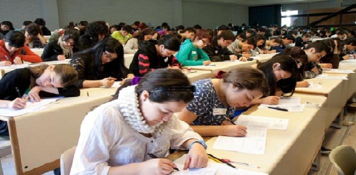 <p style=text-align: left;>En la sexta edición del <strong><a title=Becas Structuralia-OEA href=https://www.becas-oea-structuralia.com/ target=_blank>programa de becas Structuralia-OEA</a></strong>(Organización de Estados Americanos) se ofrecen 114 becas –del 40% de las matrículas- para ingenieros y titulados latinoamericanos que deseen profundizar sus conocimientos a través de una formación de pósgrado en la modalidad online.</p><p style=text-align: left;>La edición 2015 de<strong> becas Structuralia-OEA </strong>cuenta con casi 1.200.000 dólares destinados a las becas, para programas de capacitación en área de ferrocarriles, carreteras energía eléctrica, Oil&Gas, edificación y gestión de proyectos. Los programas tienen la titulación de importantes universidades europeas como: la <strong><a title=Universidad Politécnica de Cataluña href=https://www.universia.es/universidades/universitat-politecnica-catalunya/in/10024 target=_blank>Universidad Politécnica de Cataluña</a></strong>, la <strong><a title=Universidad Pontificia de Comillas href=https://www.universia.es/universidades/universidad-pontificia-comillas/in/10054 target=_blank>Universidad Pontificia de Comillas</a></strong>, la <strong><a title=Universidad Internacional de la Rioja href=https://www.universia.es/universidades/universidad-internacional-rioja/in/37934 target=_blank>Universidad Internacional de la Rioja</a></strong>, la <strong><a title=https://www.ui1.es/ href=https://www.ui1.es/ target=_blank>Universidad Internacional Isabel I</a></strong>, entre otras. Todos ellos con profesores y autores referentes y con experiencias internacionales en sus disciplinas.</p><blockquote style=text-align: center;>Visitá nuestro <a title=Visitá nuestro portal de becas y conocé todas las becas vigentes href=https://becas.universia.com.ar/>portal de becas</a>y conocé todas las becas vigentes</blockquote><p style=text-align: left;>Las <strong>postulaciones están abiertas hasta el 23 de abril</strong>, en dónde se desta