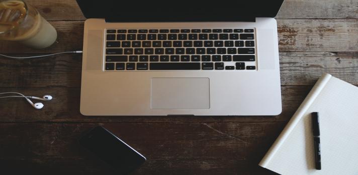 Los cursos online te permiten aprender de forma flexible y a tu propio ritmo