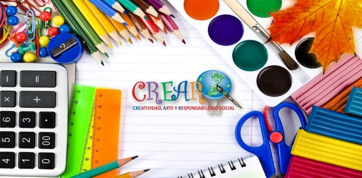 <p>En la población de Sámara existe un emprendimiento social llamado <a href=https://www.asociacioncrear.org/ target=_blank>Asociación Crear – Creatividad, Arte y Responsabilidad Social</a>; que tiene como objetivo impartir <strong>clases de inglés, arte, tecnología y empoderamiento femenino a los menores de la zona</strong>.</p><p><br/><span style=color: #ff0000;><a style=color: #666565; text-decoration: none; title=Síguenos en Facebook href=https://www.facebook.com/universiacostarica/><span style=color: #ff0000;>» <strong>Síguenos en Facebook</strong></span></a></span></p><p></p><p>La Asociación Crear <strong>fue fundada en 2005 por una estudiante de Estados Unidos que se encontraba en Costa Rica</strong>, y tuvo como objetivo <strong>implementar un programa de educación complementaria</strong> que se enfocara en la enseñanza de inglés, el arte y las actividades ligadas a la comunidad de Sámara. Al tiempo de iniciarse Crear, su fundadora debió regresar a su país y el proyecto se estancó, hasta que en 2008 la joven psicóloga de 29 años, <strong>Andrea Keith</strong>, reflotó la actividad de la Asociación, y desde esa fecha el programa no ha parado de crecer.</p><p></p><p>Keith tomó contacto con Sámara cuando estaba realizando un intercambio académico en la <a href=https://www.universia.cr/universidades/universidad-nacional-costa-rica/in/37232>Universidad Nacional</a>. Según afirma el portal <a href=https://www.elfinancierocr.com/ rel=me nofollow>El Financiero</a>, la joven estudiante se enamoró del lugar y se sintió fuertemente atraída por las necesidades de sus pobladores y en espacial de los niños. Después de ir y volver de Estados Unidos, <strong>en el 2008 finalmente Keith se radicó en Costa Rica y reflotó el proyecto</strong>,que al día de hoy ya ha trabajado con entre 80 y 100 menores de Playa Sámara y El Torito junto a docentes y voluntarios.</p><p></p><blockquote style=text-align: center;>Andrea Keith fue galardonada con el Premio Yo Creo de la <a href=http