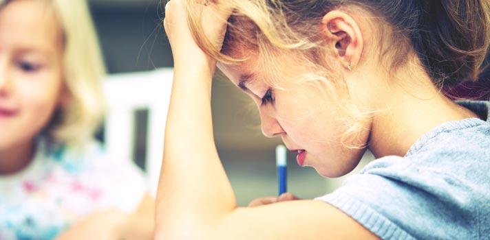 Relatório aponta que quase 2,5 milhões de crianças e adolescentes estão fora da escola no Brasil
