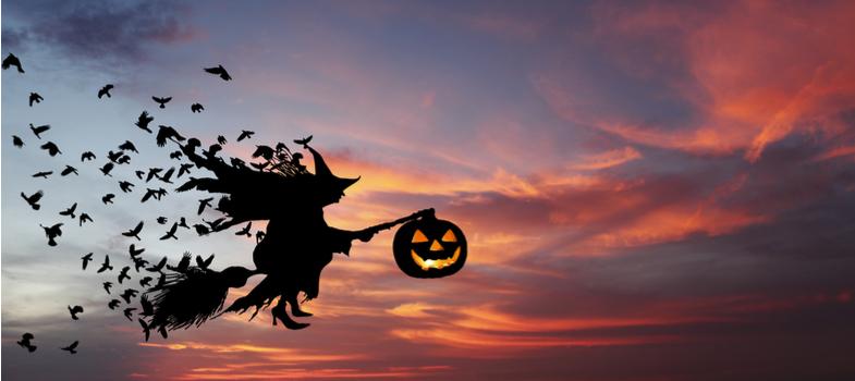 <p>Hoje o clima é todo voltado ao Halloween, o <strong>Dia das Bruxas</strong>, bruxas, abóboras macabras, caveiras e zumbis para todos os lados. Esse clima de festa misturado com um toque de terror é sempre muito divertido – mas podemos utilizá-lo para trazer algumas dicas para o seu dia a dia.</p><p>A rotina acadêmica pode ser bastante corrida e cheia de desafios que geram ansiedade. Essa correria toda não pode te derrubar.</p><p>É preciso evitar e fugir de hábitos que possam atrapalhar o seu dia a dia – como se estivesse mesmo escapando de uma assombração!</p><p>Para não ser diferente da onda do dia de hoje, reunimos aqui alguns fantasmas na vida do estudante que podem dar uma dor de cabeça danada em seu planejamento. Confira com cuidado!</p><p></p><p><a href=https://noticias.universia.com.br/cultura/noticia/2017/10/11/1156137/3-maneiras-eficientes-organizar-tempo-estudar.html><span>4 maneiras eficientes para organizar seu tempo para estudar</span></a></p><p></p><h2><strong>Você não é vampiro: durma à noite!</strong></h2><p>Às vezes as demandas do semestre vão te obrigar a mudar sua rotina para dar conta dos estudos, trabalhos, seminários, etc. Não faça disso uma rotina.</p><p>Uma noite de sono bem dormida representa um belo início de jornada para as tarefas do dia. Além do cansaço físico, há o risco de malefícios à saúde quando a prática se torna corriqueira.</p><p>É importante ressaltar que, quando não se dorme durante a noite, chega o dia e a hora de ir para a faculdade – e, aí, dificilmente, o descanso será recuperado.</p><p>E tem mais: estudar cansado, muitas vezes, não proporciona a absorção de conhecimentos desejada.</p><p></p><h2><strong>Cuidado com o fantasma das redes sociais</strong></h2><p>As mídias sociais revolucionaram as formas de se comunicar, compartilhar informações e, é claro, também estudar.</p><p></p><p><a href=https://noticias.universia.com.br/cultura/noticia/2017/10/16/1156160/redes-sociais-revolucionando-experiencia-universidade.html><spa