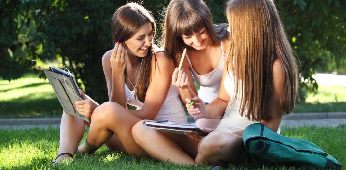 Descubre la nueva cartelera de verano de Educación Continua
