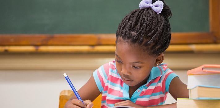 Desigualdade na inclusão à educação entre negros e brancos tem crescido