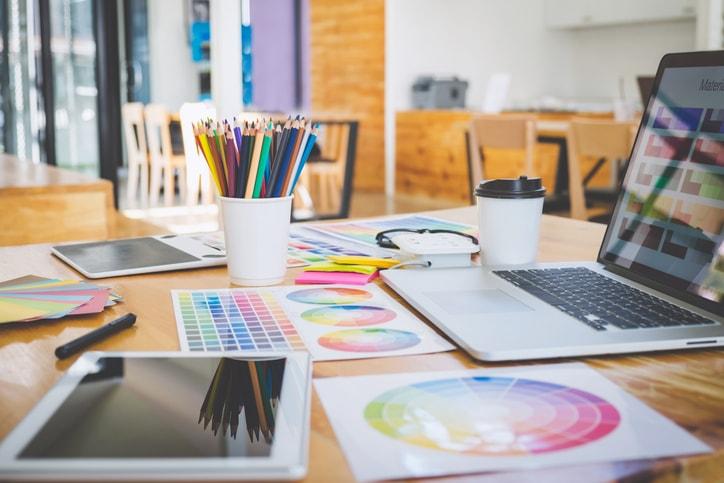 Diseño gráfico: estudios y recursos gratuitos