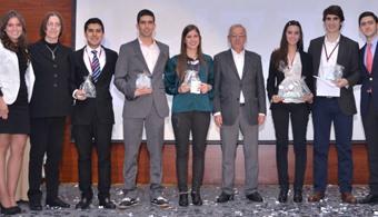 EAFIT se consagró ganadora del Concurso Nacional de Economía 2014