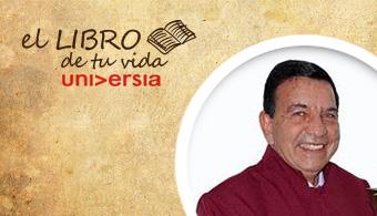 """<p style=text-align: justify;>Universia Colombia se encuentra entrevistando diferentes personalidades nacionales para el especial<strong> """"El Libro de tu Vida""""</strong> con el fin de conocer qué obra literarias inspiraron sus vidas y carreras. En el día de hoy, nuestro entrevistado es el <strong>rector del Colegio Metropolitano de Soledad 2000</strong>, <strong>Jorge Torres Díaz</strong>.<br/><br/></p><p style=text-align: justify;></p><p><a style=color: #ff0000; text-decoration: none; title=Ingresa a la sección href=https://noticias.universia.net.co/tag/el-libro-de-tu-vida/>» <strong> Ingresa a la sección El Libro de tu Vida y conoce qué recomendaron otros colombianos </strong></a></p><p style=text-align: justify;><br/><br/><br/>La respuesta de Torres, cuando le preguntamos qué libro lo inspiró y recomienda, nos tomó verdaderamente por sorpresa. Es que según dijo, le fue imposible recomendar un solo título ya que son incontables los que lo guiaron tanto en su vida privada como en su carrera.</p><p style=text-align: justify;><br/>""""Cada libro es el esfuerzo creador de unas mentes que le aportan al avance de la ciencia, la tecnología, la literatura, el arte, etcétera, en función del desarrollo de la humanidad"""", expresó.</p><p style=text-align: justify;><br/>Por el contrario, el rector, que fue escogido como el mejor rector de Colombia en el marco del Premio Compartir, decidió entonces recomendar a todos <strong>la lectura en general</strong>, ya que según dijo es una magia que nos transporta, nos forma y modifica la búsqueda de la realización personal y el placer de vivir junto al amor de los demás.</p>"""