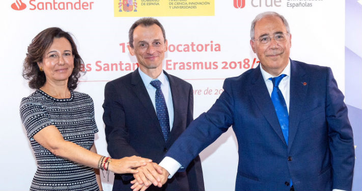 Ana Botín, Pedro Duque y Roberto Fernández han firmado esta mañana el programa