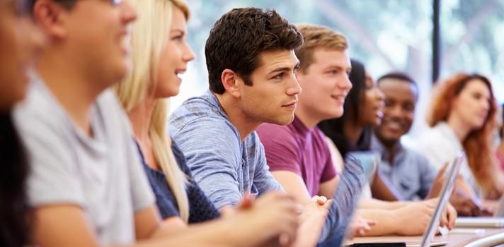 A contrariar a diminuição de alunos, surgem dez instituições de ensino superior que registaram um aumento de estudantes