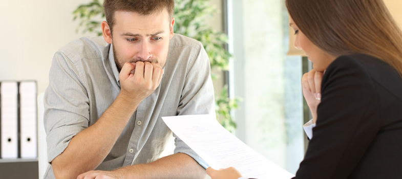 Os erros no currículo que fazem você perder a vaga