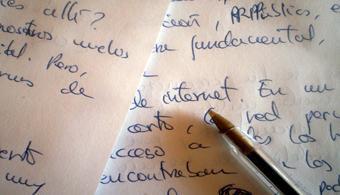 <div style=text-align: justify;>La<strong><a title=La Editorial Universidad de Costa Rica (EUCR) en su afán de promover y difundir la creación poética emergente anuncia esta convocatoria, cuya finalidad es la publicación de poesía novel de Costa Rica. El objetivo principal de esta actividad es la presentación de las obras de aquellos poetas que aún no hayan difundido sus trabajos en forma de libro por alguna editorial reconocida. href=https://www.editorial.ucr.ac.cr/ target=_blank>Editorial Universidad de Costa Rica (EUCR)</a></strong>convoca a todo poeta con ganas de trabajar, a participar de la convocatoria para la publicación de Poesía Novel 2014. La idea surge de la necesidadde promover y difundir la creación poética emergente, con la finalidad de que la obra ganadora sea publicada.</div><div style=text-align: justify;></div><div style=text-align: justify;></div><div style=text-align: justify;></div><div style=text-align: justify;><br/><a style=color: #ff0000; text-decoration: none; title=Visita nuestro portal de becas y descubre las convocatorias vigentes href=https://becas.universia.cr/>» <strong>Visita nuestro portal de becas y descubre las convocatorias vigentes</strong></a> <br/><div style=text-align: justify;></div><div style=text-align: justify;></div><div style=text-align: justify;></div><div style=text-align: justify;>El objetivo principal es presentar las obras de aquellos poetas que aúnno hayan difundido sus trabajos en forma de libro por alguna editorial reconocida.</div><div style=text-align: justify;></div><div style=text-align: justify;></div><div style=text-align: justify;><h3>¿Cuáles son los requisitos para participar de la convocatoria?</h3></div><div style=text-align: justify;></div><div style=text-align: justify;>Podrán participar del certamen<strong>costarricenses y extranjeros residentes en el país, </strong>cuyas obras sean<strong></strong>inéditas y de una extensión mínima de 800 versos y máxima de 1500.El tema es libre y las obras no deb