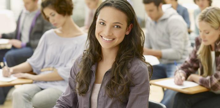 Programa de Becas del CHCI para estudiar en Estados Unidos
