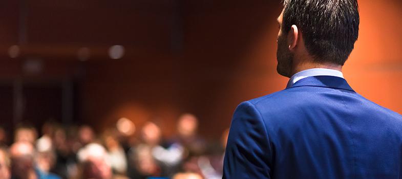 Fale melhor em público com as dicas de apresentadores de TEDs